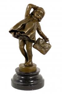 Schulmädchen Bronzeskulptur, D. H. Chiparus