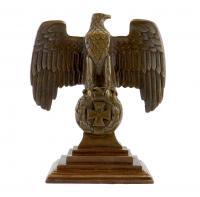 Reichsadler auf Eisernem Kreuz im Eichenlaubkranz - Bronze